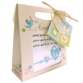 http://tipoloo.com/614-thickbox_kp/coffret-bavoir-papa-je-t-aime-bleu.jpg