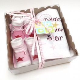 http://tipoloo.com/982-thickbox_kp/coffret-bavoirs-et-chaussettes-star-bleu.jpg